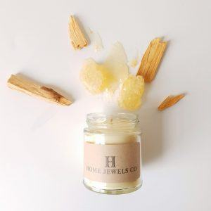 Vegan fragrance candle - Honey and Oud fragrance