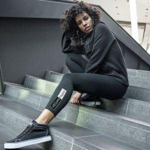 Women's black leggins